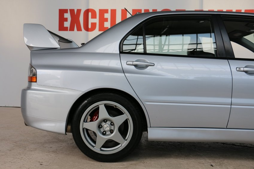 View MITSUBISHI EVOLUTION Mitsubishi Lancer Evolution EVO IX FQ-360 * LOW MILEAGE! * METALLIC APEXI SILVER